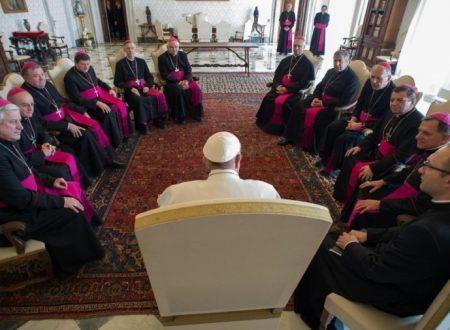 La Chiesa non è di preti, vescovi e del Papa ma di tutti. Parola di Papa Francesco