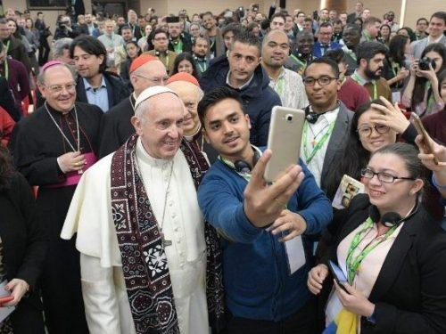 Il Vaticano lancia un forum internazionale sui giovani, per continuare il percorso del Sinodo