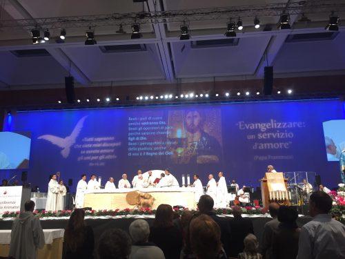 Pentecoste è tradurre nelle lingue del mondo il fuoco dello Spirito